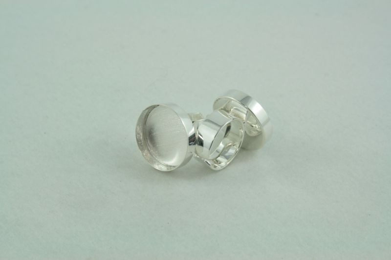 Ring adjustable round