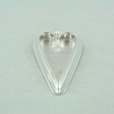 heart shaped bezel