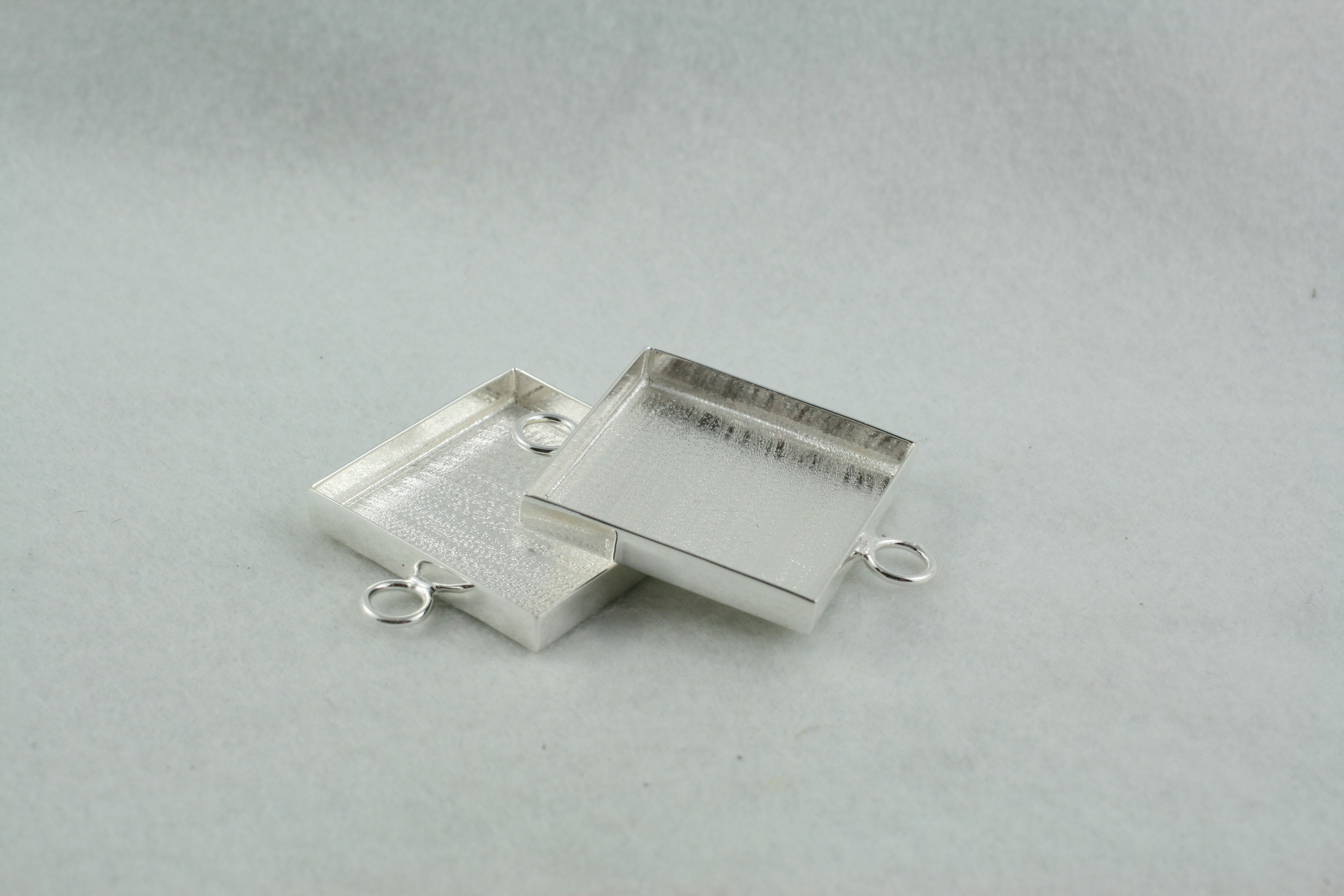 Interchangeable link - square