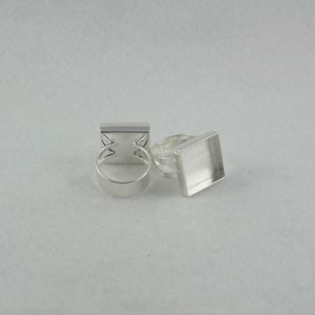 Ring Sized square bezel