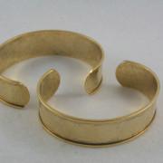 Channel Cuff antique gold